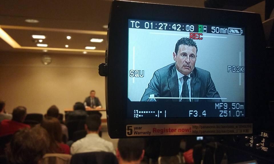 El presidente del Valencia Club de Fútbol ha salido a defender su gestión y a pedir unidad al valencianismo en estos momentos